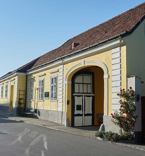 Weinabo-Abothek-April-Kistl-2019-Weinfruehling-Weinhof-Hoch-Haus-web