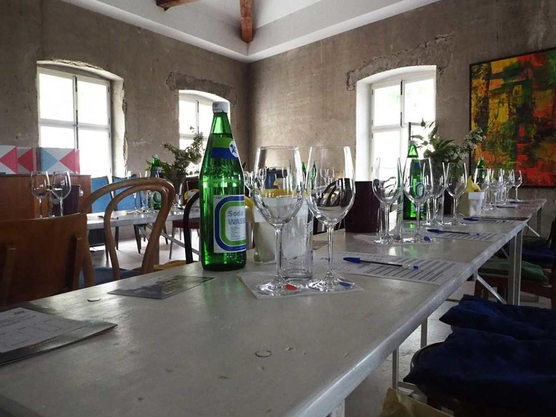 Abothek-Das-Weinduell-11-Mai-Schloss-Hollenburg-Impressionen-2_web