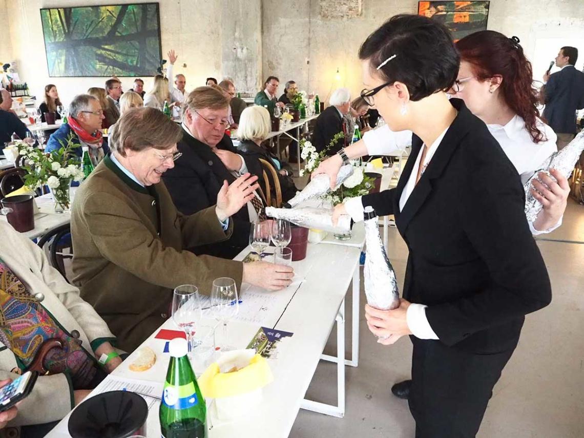 Abothek-Das-Weinduell-11-Mai-Schloss-Hollenburg-Impressionen-8_web