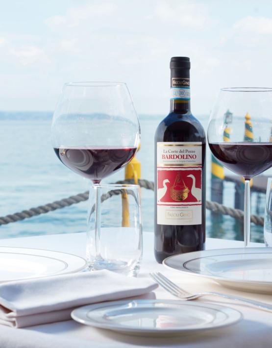Weinabo-Abothek-Wein-Kistl-Juni-2020-Italia-si-frecce-tricolori-Verona-Italien-Fasoli-Gino-La-Corte-del-Pozzo-Bardolino-DOC-2018-See-shop_web